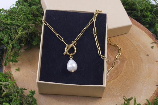 kamienie i popularne amulety